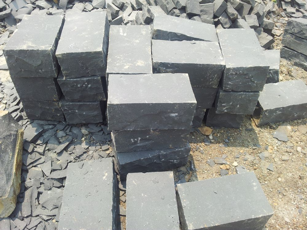 Black Basalt Stone Wall : Basalte vietnamien vietnamesischer basalt basalto